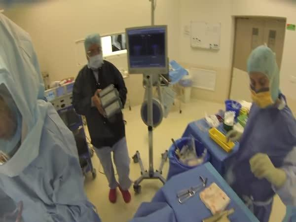 GoPro - Operace kolene