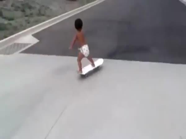 Nejmladší skateboardista na světě