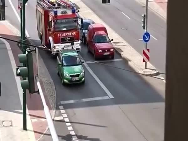 Svízel hasičského auta