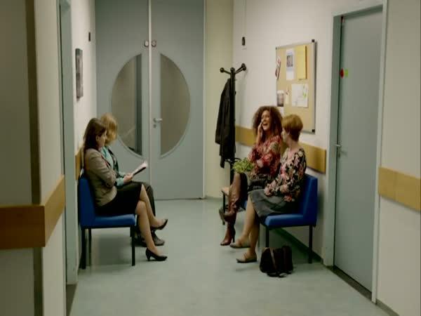 Nesnesitelná žena v čekárně
