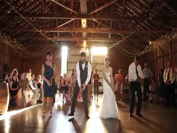 Svatební tanec - Happy