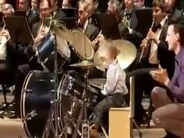 Borec - Dětský bubeník & kankán