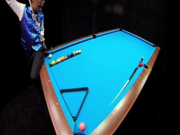 GoPro - Mistr v billiardu (triky)