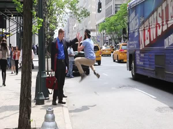 Úsměvy na rtech v New Yorku