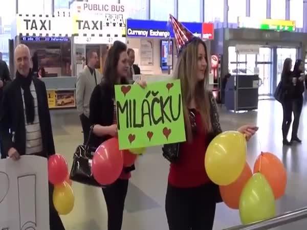 Česká republika - Nachytávka na letišti