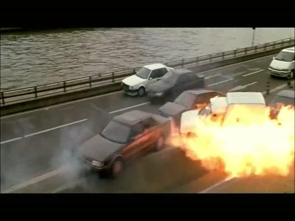 Stallone zachraňuje tunel Blanka