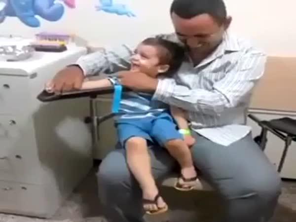 Dětský lékař - zábavný odběr krve