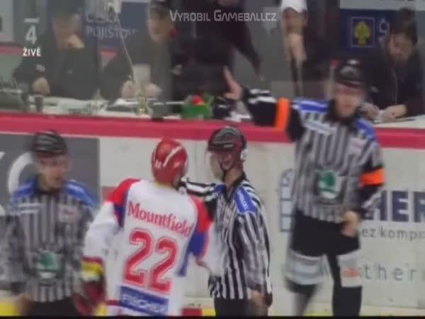 Kometa Brno vs PSG Zlín (parodie)