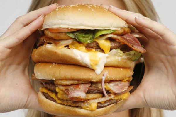 GALERIE - 15 hamburgerů, které nedáte do úst