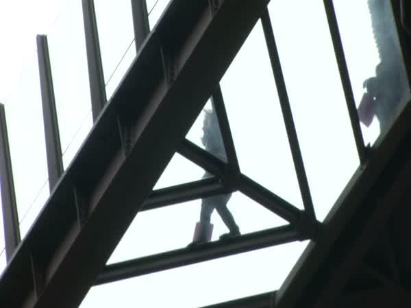 Skleněné průzory - Eiffelova věž