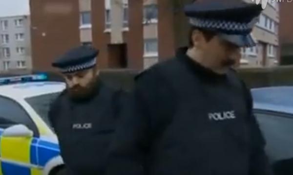Policajti si vystřelili z řidiče