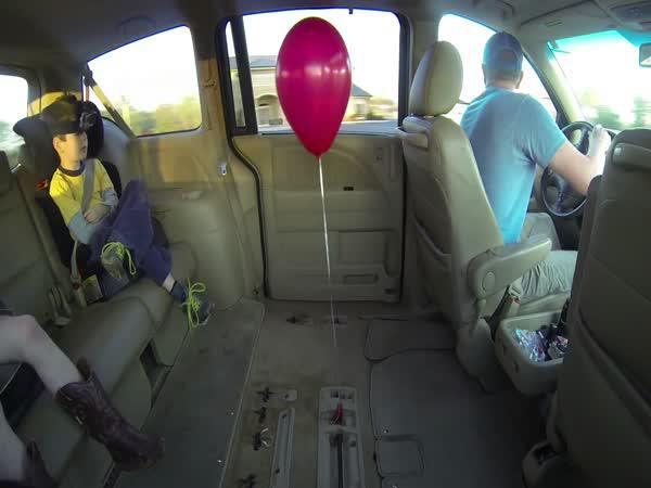 Záhadný balónek