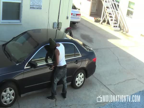 Nepovedená nachytávka - Krádež auta