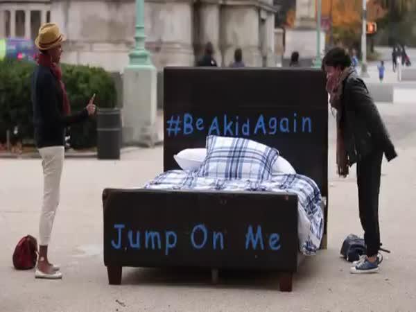 Když postavíte na ulici postel