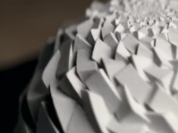 Fibonacciho rotujúce sochy