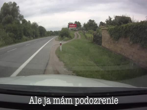 Slovenská policie vs Čech
