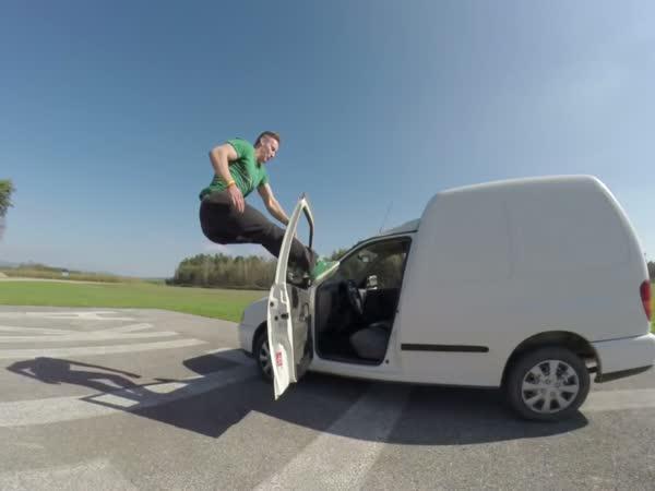 Dominik Sky - Free jumper