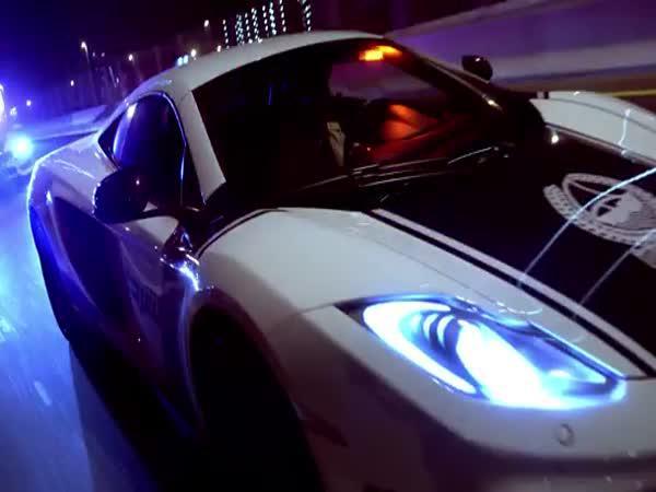 Luxusní policejní auta v Dubaji