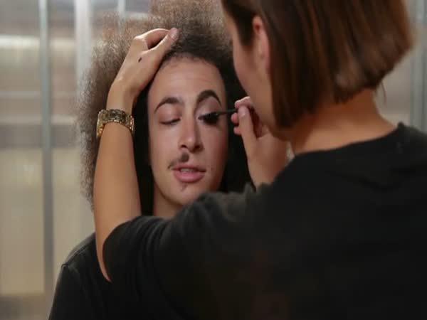 Muži a ženský makeup