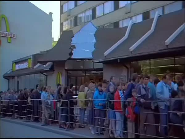 První McDonald\'s v Rusku