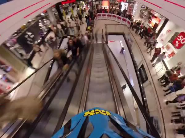 Downhill v nákupním středisku