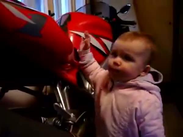 Nejchytřejší moto-dítě