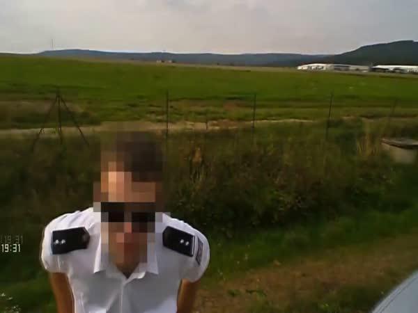 Česká republika - Policie vs. motorkář