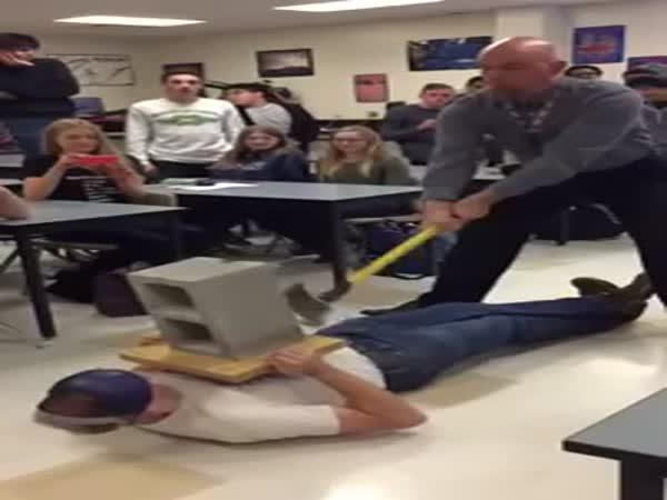 Fyzikář - fail