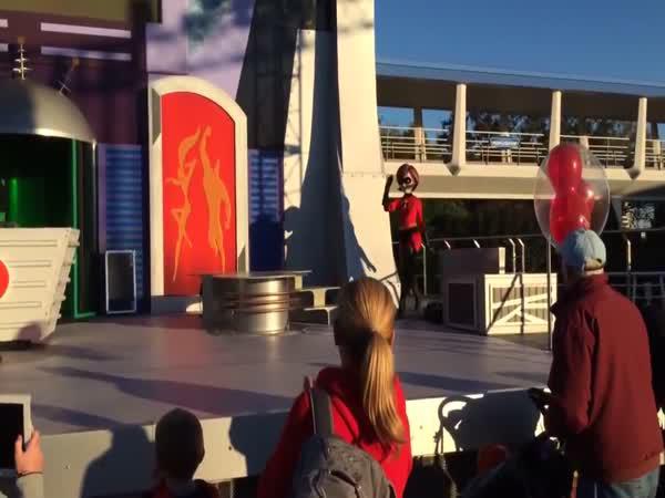 Fail - Show Úžasňákových v Disneylandu
