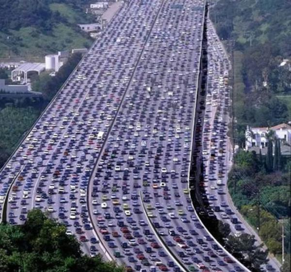 GALERIE - Katastrofální doprava