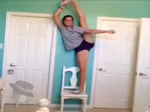 Nikdy se neprotahuj na židli