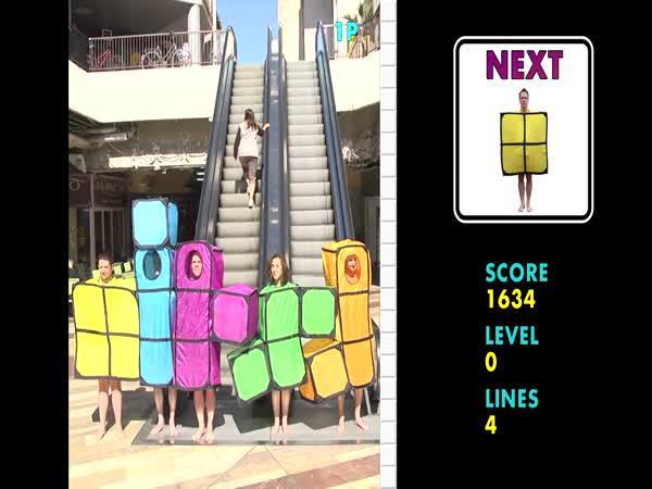 Rémi Gaillard – Tetris