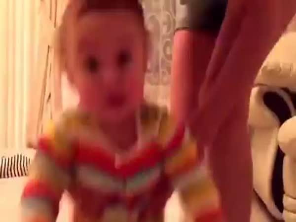 Těžký život - maminka a dvojčata