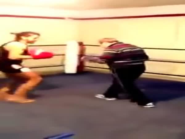 Box - Děda v ringu