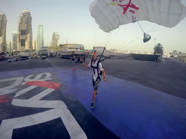 GoPro - Volný pád z 335 metrů