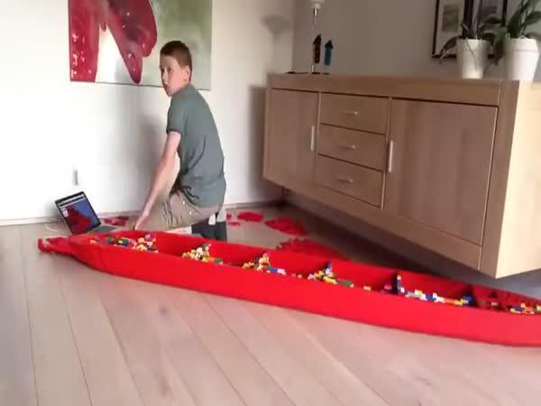 Titanic postavený ze stavebnice LEGO