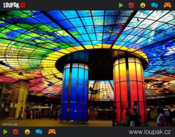 GALERIE - Nejkrásnější stanice metra na světě