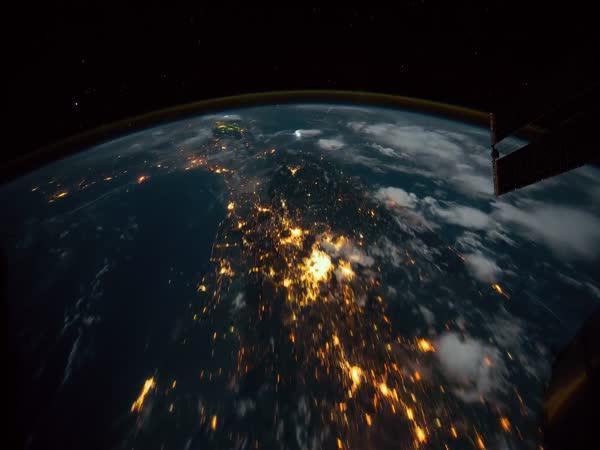 Timelapse - Záběry na Zemi z ISS