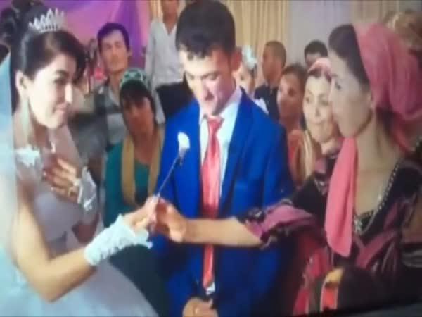 Cholerický ženich na svatbě