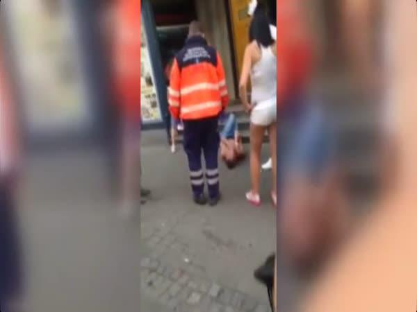 Česká republika - Zfetovaný mladík v Brně
