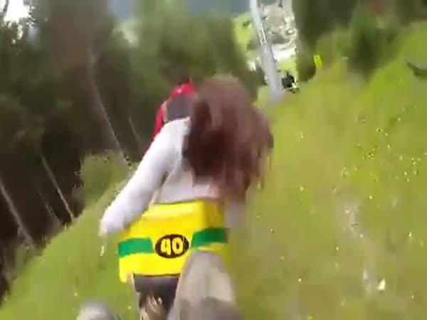 Nebezpečná jízda na alpské dráze
