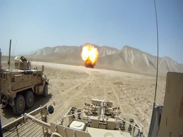Afghánistán - exploze 900 kg munice