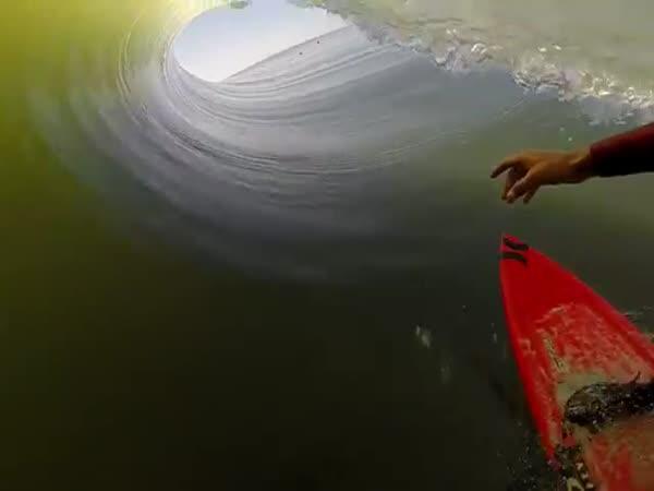 GoPro + Surfař = Úchvatná podívaná