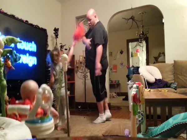 Když táta hlídá děti
