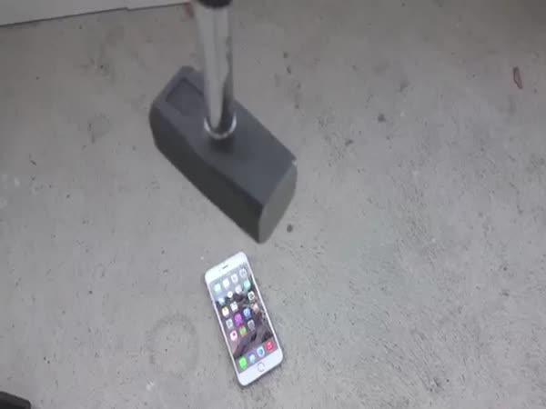 100 způsobů, jak zničit iPhone