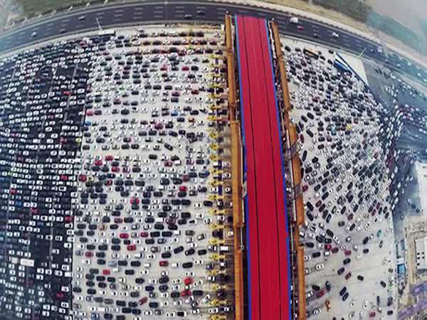 Čína - Největší dopravní zácpa