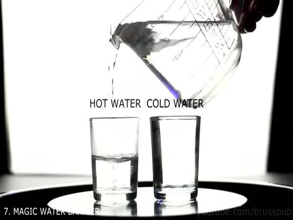10 kouzel s tekutinami