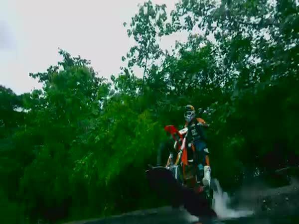Bláznivá vodní jízda