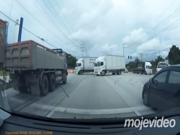Borec - Ukočírování náklaďáku