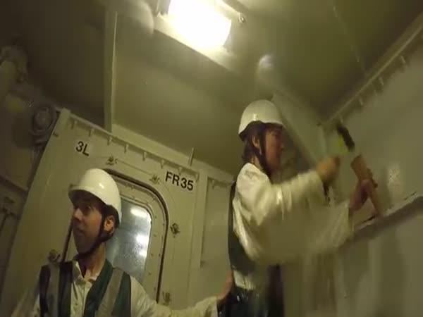 Oprava poškozené lodi